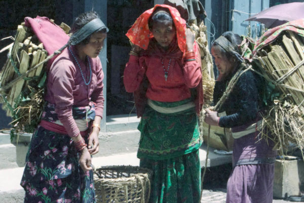 3-women-with-baskets1 (1)